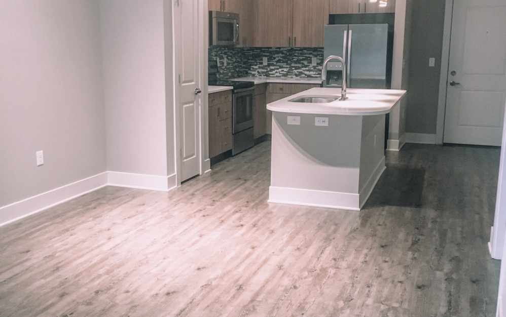 B1-4 - 1 bedroom floorplan layout with 1 bath and 784 square feet. (Living Space)